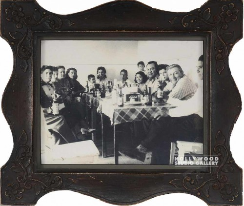 11x13 B/W GROUP PHOTO AT TABLE