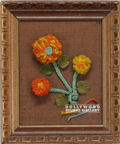 11X13 WOOD FRM/FLOWER YARN ART